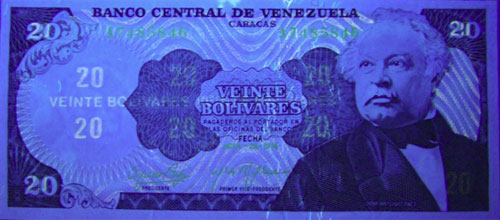 Piece bbcv20bs-fa01-a7 (Obverse, under ultraviolet light)