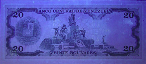 Piece bbcv20bs-fb02-b8 (Reverse, under ultraviolet light)
